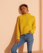 SUPERDRY Super Lux Ribbed Crew Jumper Staten Yellow